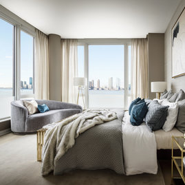 Huge windows offer jaw-dropping views of the Hudson.