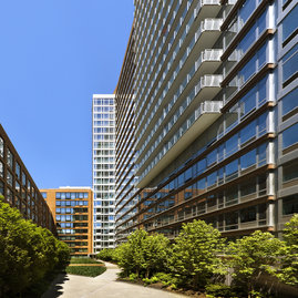 The Caledonia is situated right on the High Line, an innovative raised park in Chelsea.