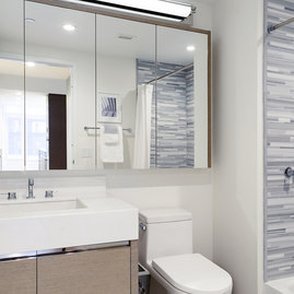 Marble Tiled Bathroom Walls, Flooring & Countertops