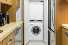 In-unit washer/dryer.